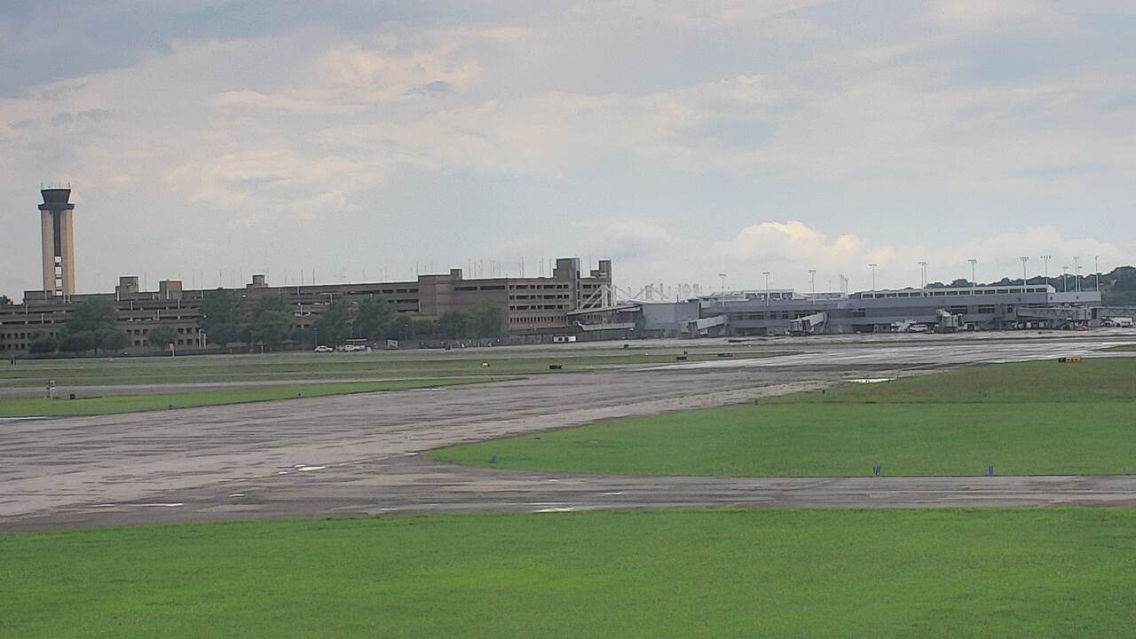 USA Alabama Birmingham Airport runway webcam